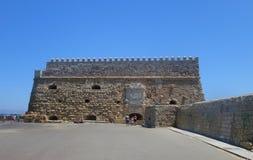 Heißer Tag des Sommers und die Festung von Iraklio Stockfotos
