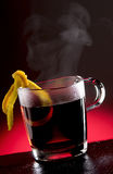 Heißer Tee-Locher Stockfoto