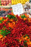 Heißes peppar verkauft am Markt Lizenzfreies Stockbild