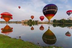 Heißluft Ballon Putrajaya lizenzfreie stockfotografie