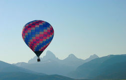 Heißluft-Ballon Tetons Lizenzfreies Stockbild