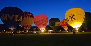 Heißluft-Ballone nachts #1 Lizenzfreies Stockbild