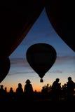 Heißluft steigt Festival in Pereslavl-Zalessky, Nachtflug Yaroslavl Oblast herein am 16. Juli 2016 im Ballon auf Lizenzfreies Stockfoto