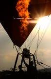 Heißluftballon des Schattenbildes Stockfoto