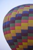 Heißluftballon, früh morgens Stockbild