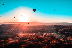 Heißluftballonfahrt in Cappadocia stockbilder