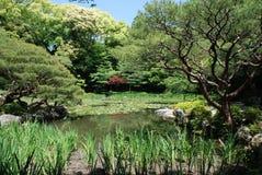 Heian-Jing Schrein-Gärten Stockfotos
