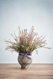 Heide im Vase Stockfotografie