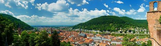Heidelberg panorama från den Heidelberg slotten Royaltyfri Bild