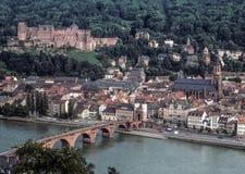 Heidelberg-Stadtbild mit Ansichten von Heidelberg-Schloss und Neckar Lizenzfreie Stockfotos