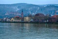 Heidelberg y el río Neckar en invierno fotos de archivo libres de regalías