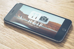 HEIF-Logo auf Apple-iPone 7 Stockfotos