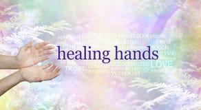 Heilende Hände und Natur-Wort-Wolke Lizenzfreie Stockbilder
