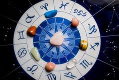 Heilende Steine und Astrologie Lizenzfreies Stockfoto