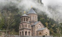 Heilig Aartsengelklooster complex in Daryal Georgië Rusland borde Stock Afbeelding