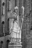 Heilig-Ansgar-Statue in Hamburg Stockbilder