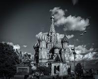 Heilig-Basilikum-Kathedrale im Monochrom, Moskau, Russland lizenzfreies stockfoto