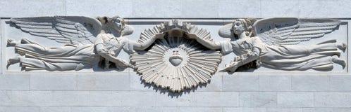 Heilig die Hart van Jesus door engelen wordt omringd royalty-vrije stock afbeelding