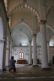Heilig gebed door Indian-Muslim in Penang-moskee Stock Foto's