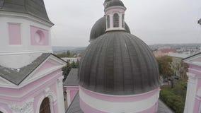 Heilig-Geist-Kathedrale in Chernivtsi, Ukraine Brummenvideo stock video