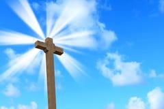 Heilig kruis onder een heldere zon stock afbeelding