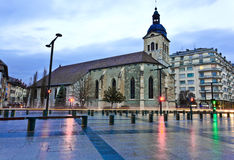 Heilig-Maurice Kirche in Annecy, Frankreich Stockbilder