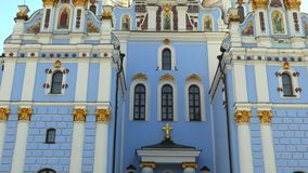 Heilig-Michael Gilded Orthodox-Kathedrale in Kiew, Ukraine, Video der Gesamtlänge 4k stock video footage