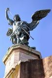 Heilig-Michael-Statue Stockfotografie