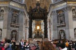 Heilig-Peter Basilica-Innenraum Vatikan Stockfotos