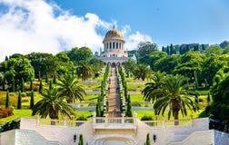 Heiligdom van Bab en de lagere terrassen op het Bahai-Wereldcentrum in Haifa Stock Afbeelding