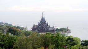Heiligdom van Waarheid in Pattaya, Thailand stock video