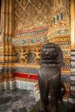 Heiligdommen van het Paleiswat phra kaew van Bangkok, Thailand de Grote Stock Foto's