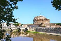 Heilige Angel Castle en brug over de Tiber-rivier in Rome, Ital Royalty-vrije Stock Foto