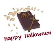Heilige Bibel und hölzernes Kreuz mit Wort glückliches Halloween Stockbild