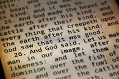 Heilige Bijbel in androïde Royalty-vrije Stock Foto