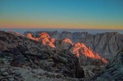 Heilige Catherine Mountains op het tijdstip van zonsopgang stock fotografie