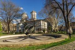 Heilige George New Church in Boekarest van de binnenstad bij kilometer 0 Stock Foto