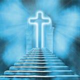 heilige kruis en trap die tot hemel of hel leiden Stock Foto's