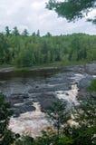 Heilige Louis River Rapids in Jay Cooke stock afbeeldingen