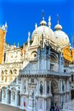 Heilige Mark& x27; s Kerkstandbeelden Venetië Italië Royalty-vrije Stock Afbeeldingen