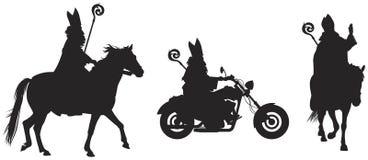 Heilige Nicholas Sinterklaas Bishop van Myra op de paard en fiets vectorsilhouetten royalty-vrije illustratie