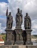 Heilige Norbert van Xanten, Wenceslas en Sigismund, Charles Bridge, Praag, Tsjechische Republiek stock afbeelding