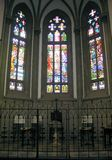 Heilige Peter? s Kathedraal stainded glasvenster Royalty-vrije Stock Afbeelding