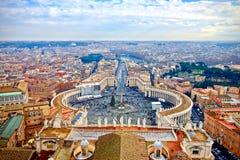 Heilige Peters Square in het Vatikaan Stock Afbeelding