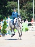 HEILIGE 06 PETERSBURG-JULI: Rider Andis Varna op Coradina in C Royalty-vrije Stock Afbeeldingen