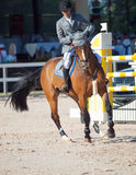 HEILIGE 05 PETERSBURG-JULI: Rider Gunnar Klettenberg op Ulrike R i Royalty-vrije Stock Foto's