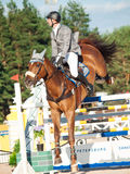HEILIGE 05 PETERSBURG-JULI: Rider Maxim Kryna op Klooney 26 in CSI Stock Foto's