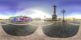 Heilige-Petersburg - 2018: Paleisvierkant Witte nachten Blauwe hemel 3D sferisch panorama met het bekijken 360 hoek Klaar voor vi Stock Foto's