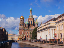 Heilige Petersburg, Rusland 31 Augustus, 2016: Mening van Kerk op gemorst bloed van het Griboyedov-kanaal Royalty-vrije Stock Foto's