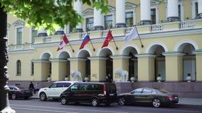 Heilige-Petersburg, Rusland - Juni 2, 2018: Het hotelbuitenkant van vier Seizoenenlion palace stock footage